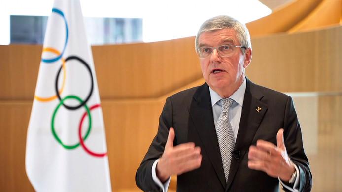 """Thomas Bach promet aux athlètes de tout faire pour organiser """"les meilleurs Jeux possibles"""" en 2021."""