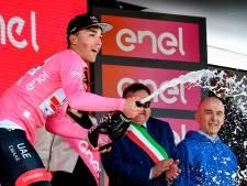 Dit staat het peloton te wachten in de zevende etappe van de Giro