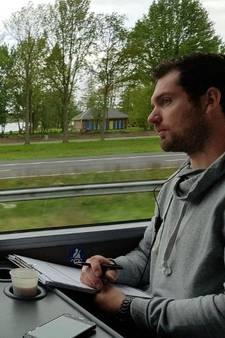 Al bijna 450 boetes dankzij speciale politiebus in Oost-Nederland