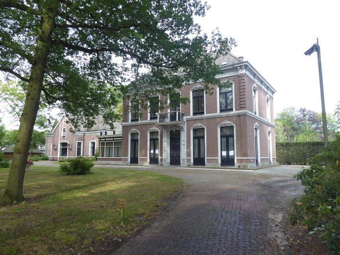 Op Landgoed Velder staat Huize Groot Velder te huur voor een partij die er kantoor wil houden in het groen.