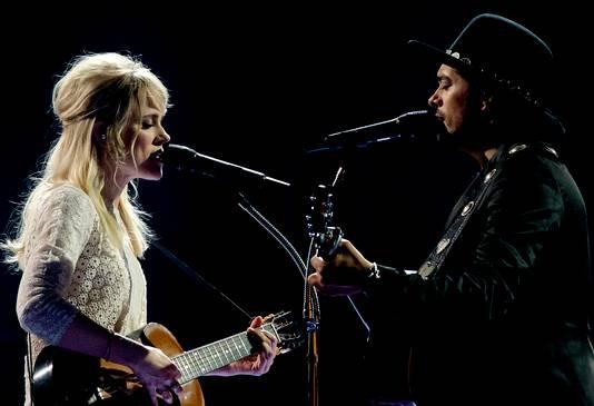Tijdens het Songfestival van 2014 liepen de spanningen tussen Ilse DeLange en Waylon hoog op. Het resulteerde uiteindelijk in een tweede plek.