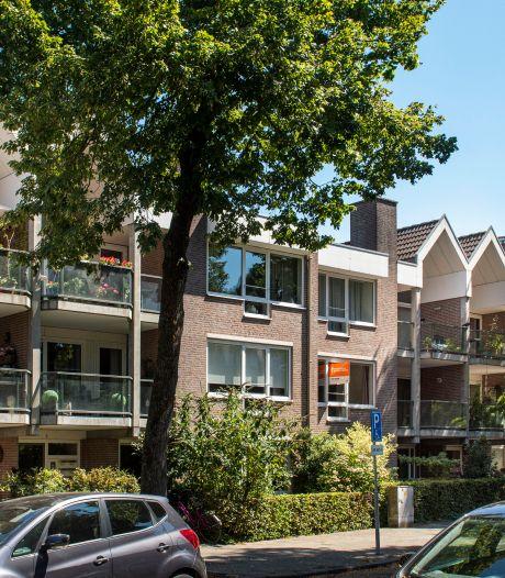 Ongeruste straatbewoners Breda moeten nog even wachten met hun bezwaren tegen hoge zendmast