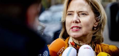 Ze komt, ze komt... minister Van Nieuwenhuizen gaat naar Heijningen en Helwijk om overlast A4/A29 zelf te ervaren