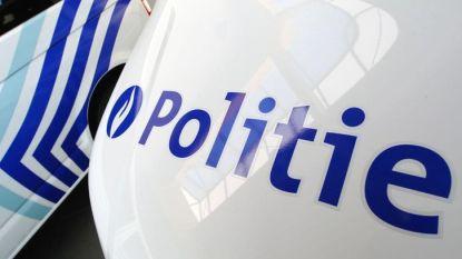 Auto met vier tieners botst op vrachtwagen in Nieuwerkerken: meisje (14) overleden