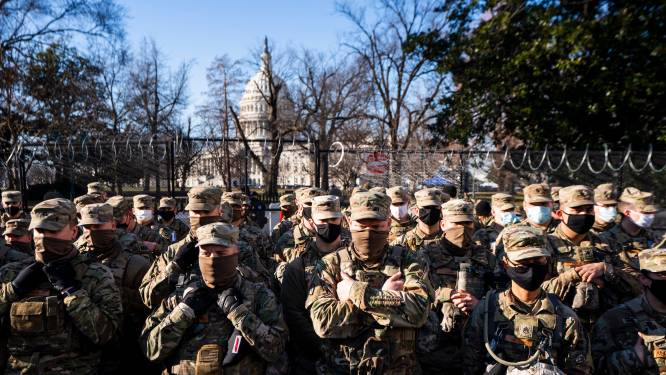 """Veel troepen National Guard besmet met corona of in quarantaine: massale bewaking op inauguratie """"superverspreiderevent""""?"""