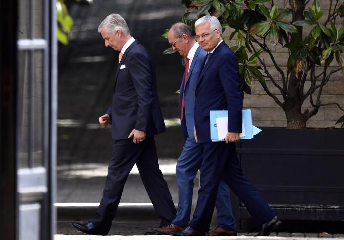 Le Roi a reçu les deux informateurs royaux ce lundi après-midi.