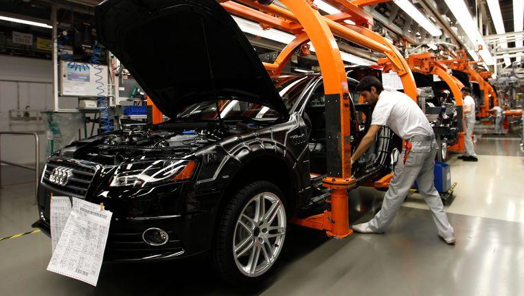 Productie van de Audi A4 in 2012. Beeld REUTERS