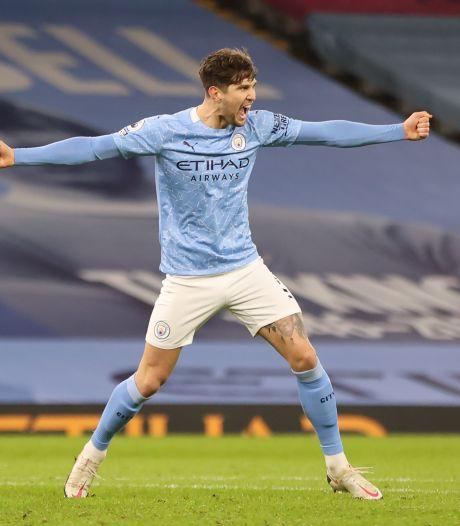 Stones, Sterling en Gündogan helpen Manchester City aan ruime zege op Crystal Palace