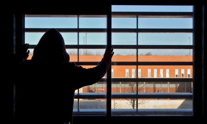 Er is een tekort aan plekken in jeugdgevangenissen.