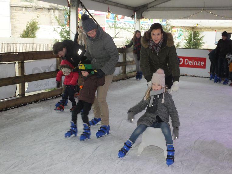Op zondagochtend was de schaatspiste voorbehouden aan de kleuters.