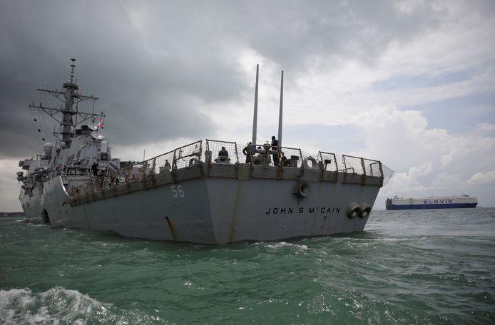 Het naar de overleden Republikeinse Senator John McCain vernoemde oorlogsschip lag tijdens Trumps bezoek aan Japan aangemeerd in het land.