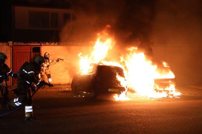 Twee auto's uitgebrand in Boxtel
