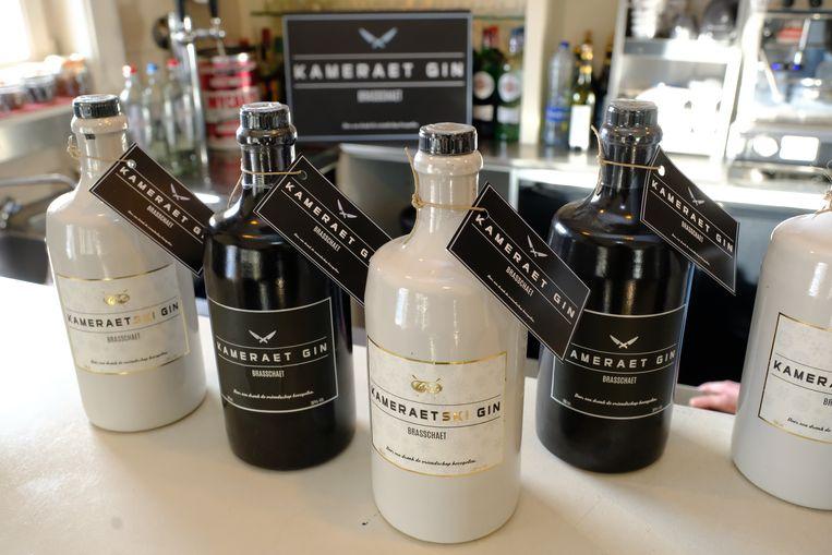 De Kameraet Gin en tijdelijke Kameraetski Gin