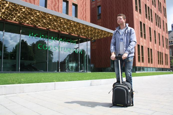 De SegPack brengt je met 6 tot 12 kilometer per uur naar je volgende college