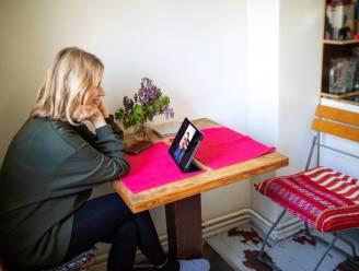 Kijken mag, aanraken niet: relatie-experte Rika Ponnet deelt haar beste tips om te daten in tijden van 'sociale lockdown'