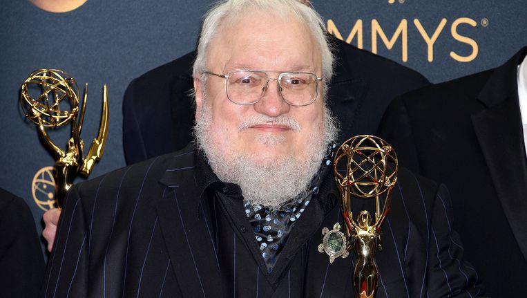 George R.R. Martin bij de uitreiking van de Emmy Awards in 2016. Beeld photo_news