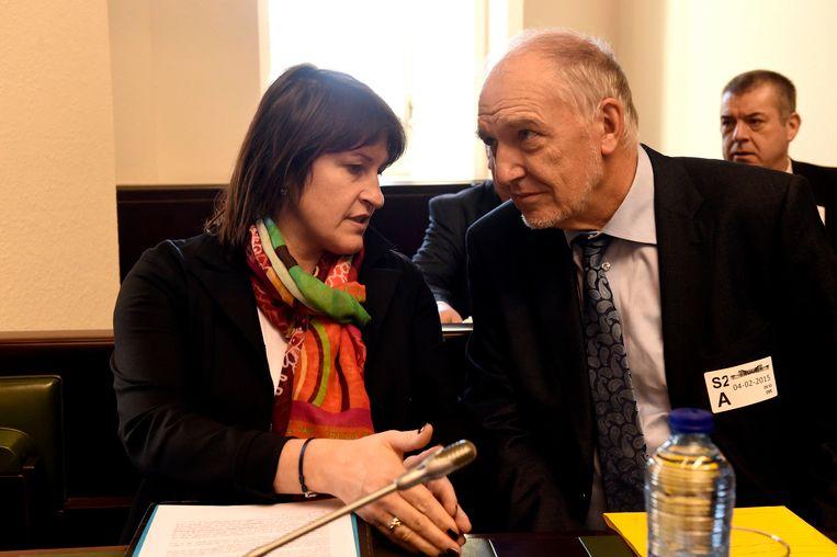 NMBS-baas Jo Cornu overlegt met minister Jacqueline Galant (MR).