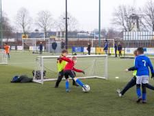 Iris (9) van SV Marvilde: 'Fijn om toch nog even te kunnen voetballen'