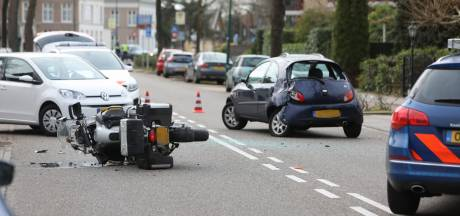 Motorrijder maakt schuiver bij aanrijding in Soest