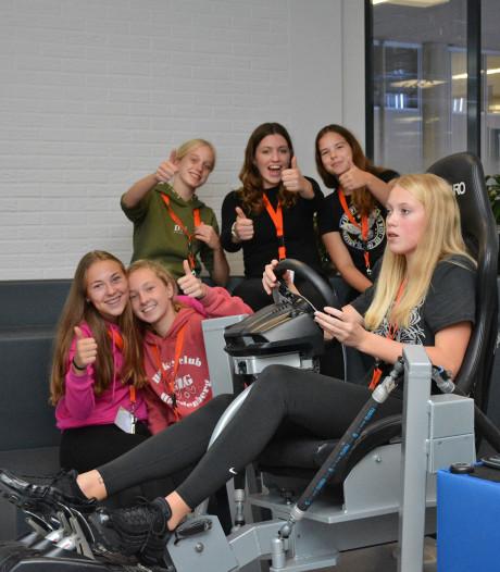Eerste lesnacht Vechtdal College brengt ruim 8000 euro op