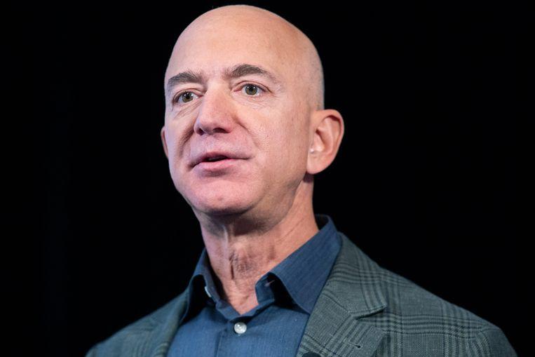 Amazon-CEO Jeff Bezos hoort samen met Bill Gates tot categorie 11, hij heeft een vermogen van 110 miljard dollar.
