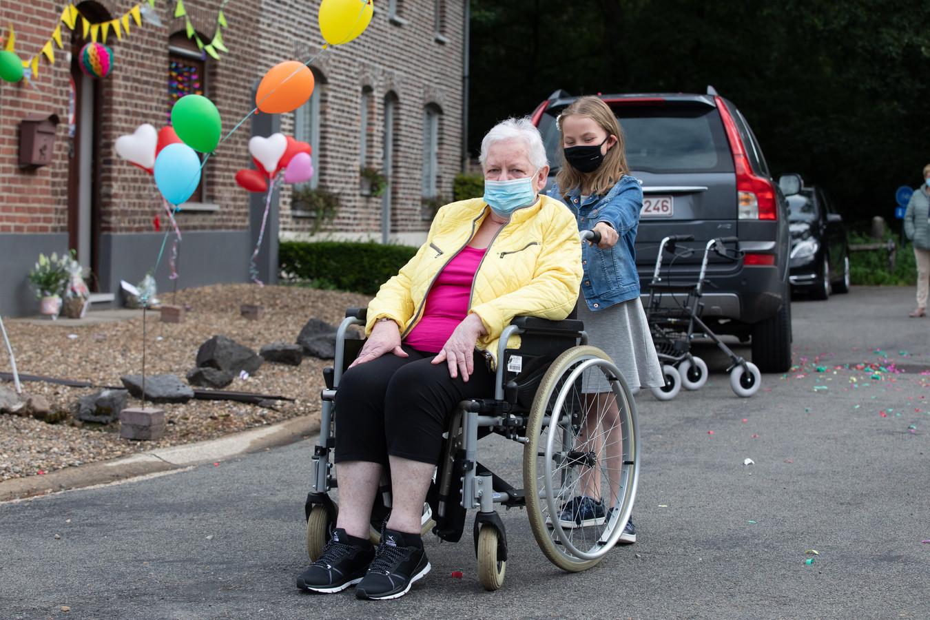 """Lisette Braeken, patiënte die 9 weken in coma lag: """"0,0001% kans op genezing: dat wil je geen tweede keer"""""""