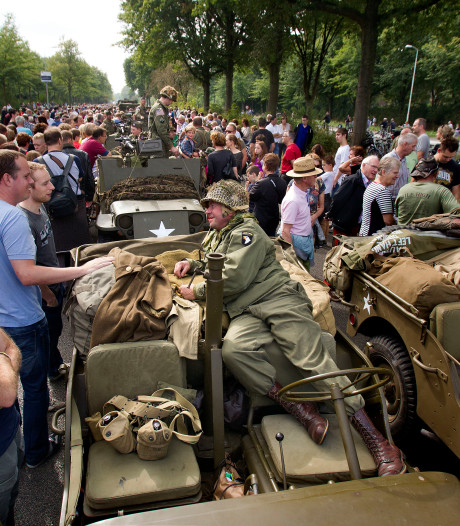 Drukte rond Eindhoven bij herdenking Market Garden