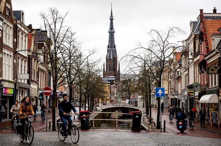 De winkelstraat in de hoofdstad van de provincie Friesland. Leeuwarden is de Culturele Hoofdstad van Europa in 2018. Beeld null