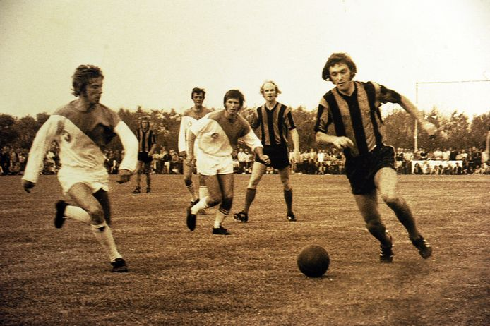 Voetbalwedstrijd tegen die zwart-blauwen in de 70's: De Meeuwen tegen Club Brugge (0-8) in juli 1972.