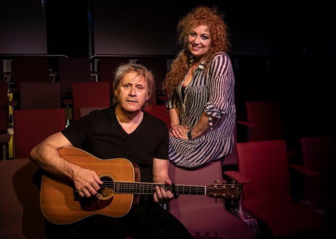 Maarten Peters en Ina  Cornelissen van het Toverbaltheater.