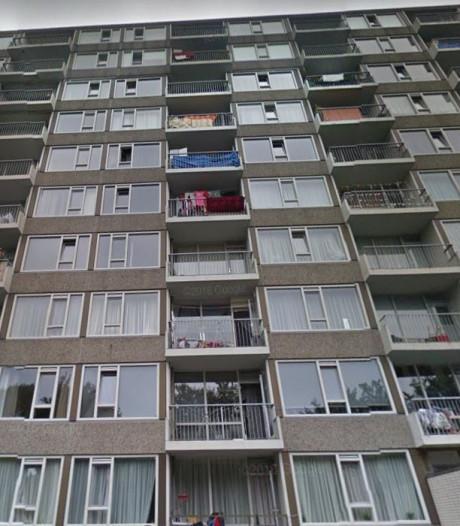 Recherche doet buurtonderzoek naar schietincident in flat Dorbeendreef