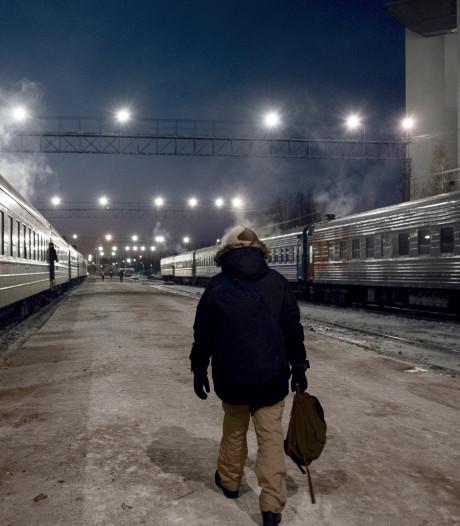 Met de trein door winters Siberië: uitstappen op plekken waar geen perron is