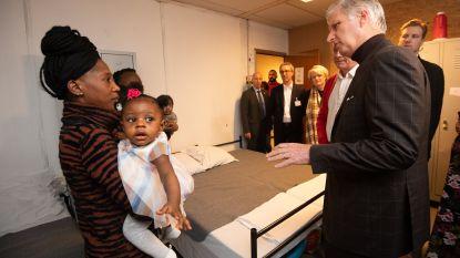 Koning Filip bezoekt opvangcentrum voor daklozen