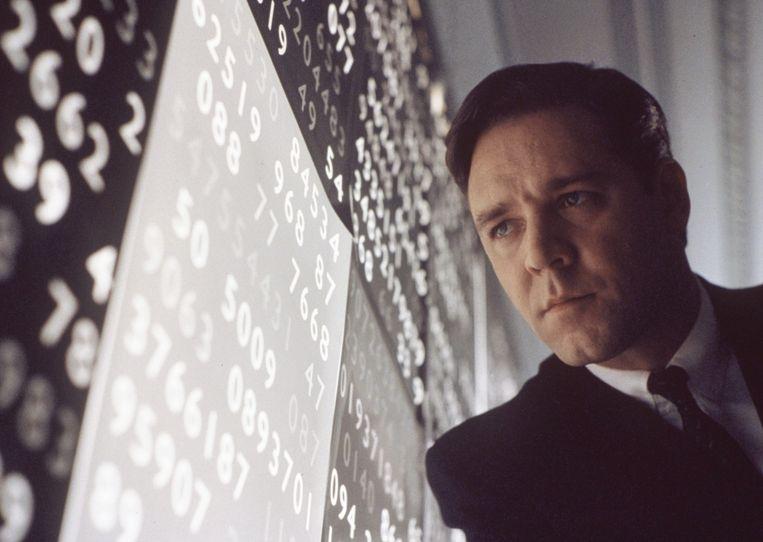 Russell Crowe in A Beautiful Mind van Ron Howard. Beeld