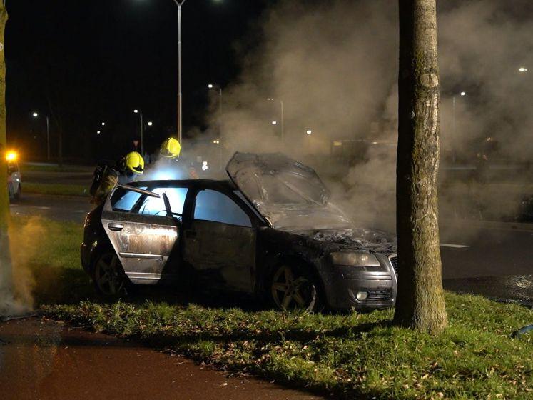 Auto uitgebrand na knal in Nijmegen