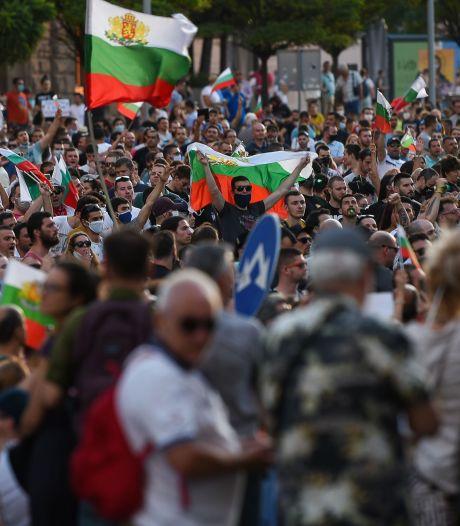 Opnieuw duizenden Bulgaren de straat op om ontslag regering te eisen
