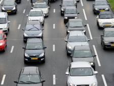 Houten plank op A12 bij Woerden zorgt voor vertraging