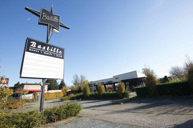 Masmeijers laatste zaak in België die bankroet ging: uitgaanscentrum Bastille in Sint Niklaas. Beeld Alex Vanhee