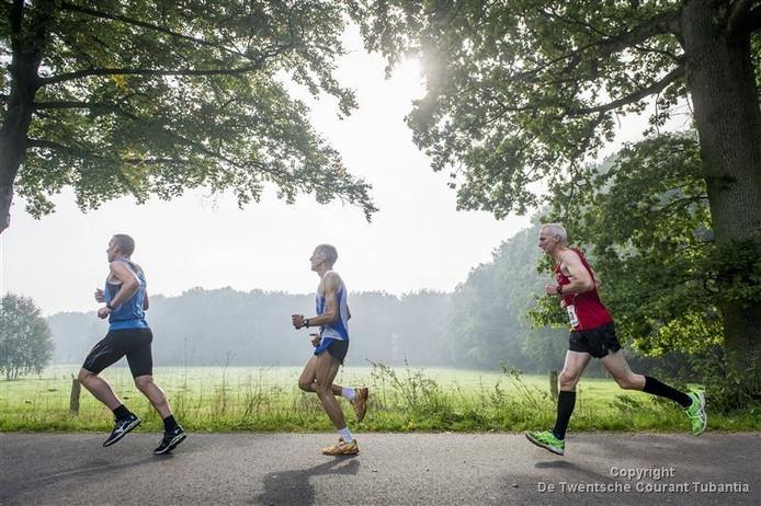 De Huttenkloasloop staat dit jaar voor het laatste onder deze naam op de atletiekkalender. Met ingang van 2017 krijgt het evenement een nieuwe naam.