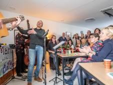 Muziek bij de Buren in Zwolle: 254 optredens in 84 Zwolse huiskamers