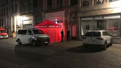 Fietsster (63) overleden na ongelukkige val in Steenstraat