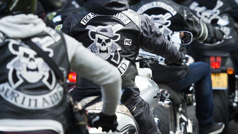 No Surrender-leden tijdens de uitvaart van een verongelukt lid Beeld anp