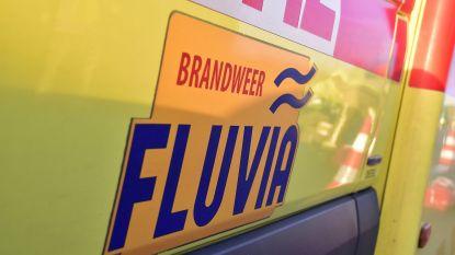 Bromfiets in brand gestoken naast woning van eigenaar