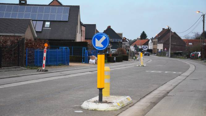 Eichemstraat krijgt twee keer snelheidsremmers op één dag
