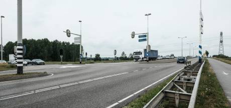 Hier komt de doorgetrokken A15 te liggen: 'Een snelweg op 30 meter van je huis, dat wil niemand'
