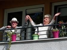 Van 'quarantinderen' tot 'balkonade': hoe corona de Dikke van Dale bestormt