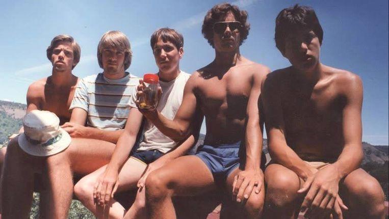 John Wardlaw, Mark Rumer, Dallas Burney, John Molony en John Dickson. Op deze eerste foto waren ze 19. Intussen zijn ze 54.