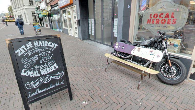Slogan van Utrechtse kapperszaak Beeld Google Streetview