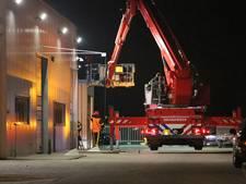 Politie zet hoogwerker in bij zoektocht naar inbreker in Roosendaal