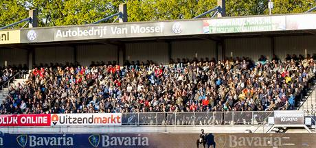 RKC met achttien fans naar Emmen